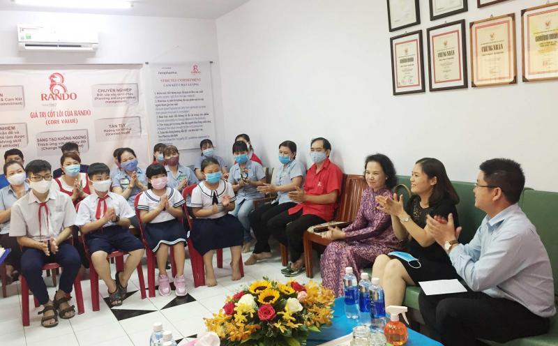 Lễ Trao Học Bổng Khuyến Học RANDO niên Khóa 2019-2020 1